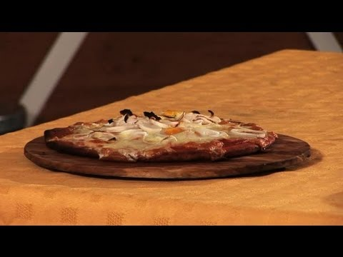 How to Make an Egg Pizza : How to Make Delicious Pizzas