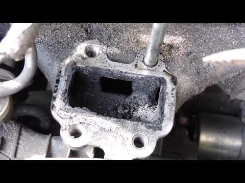 Toyota RAV4 2.2 diesel D-CAT 177 л.с чистим клапан EGR. Toyota 2.2 D cleaning the egr / egr valve