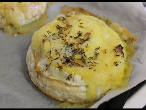 Garlic and thyme roasted Camembert Recipe- quick and easy!