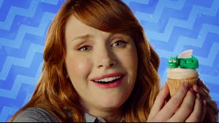 """Bryce Dallas How-To"" with Bryce Dallas Howard - Dragon Cupcakes!"