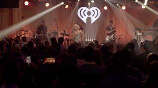 Bebe Rexha - Hey Mama (Live from Honda Stage at the iHeartRadio Theater NY)