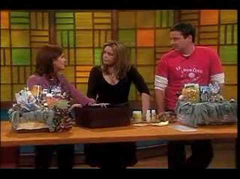 Rachael Ray Show - Making Gift Baskets