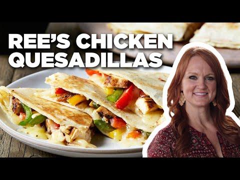 The Pioneer Woman: Ree's Easy Chicken Quesadillas | Food Network
