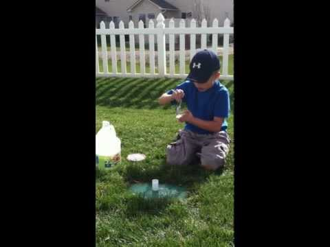 How To Make a Baking Soda Rocket with a Film Canister