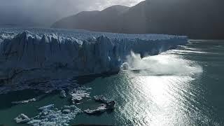 Perito Moreno iceberg collapse