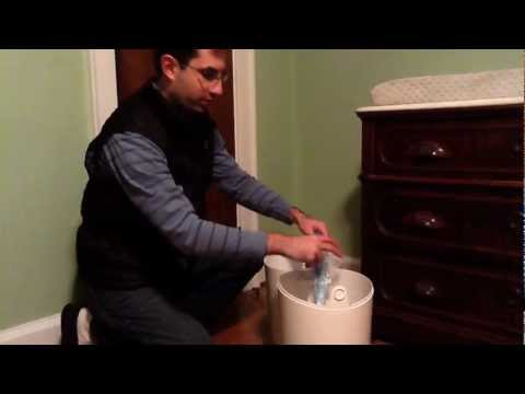 How To Empty And Change The Diaper Genie II Elite