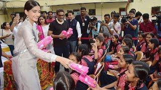 Sonam Kapoor Distributed Sanitary Pads To School Girls To Promote Akshay Kumar