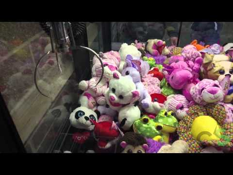 Kicked Out Of Wal-Mart For Winning Too Much At The Claw Machine