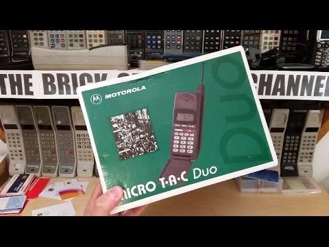 Motorola MicroTAC Duo Unboxing from 1995 - flip phone