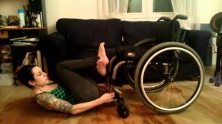 Wheelchair crunches with Friedreich