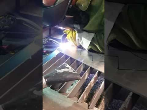 Plasma cutting 1/4