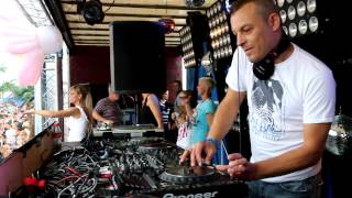 Sven Lanvin @ Beachland 2012 .The Real Retro House Stage.