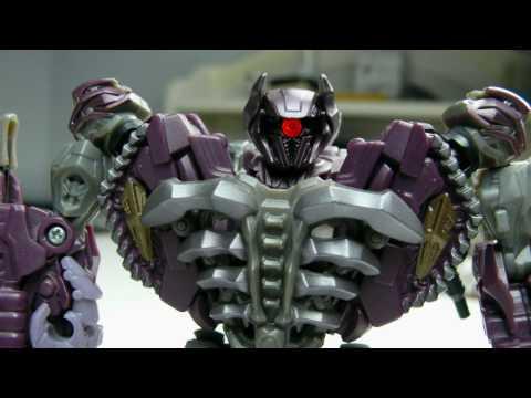 Transformers Stop Motion - Shockwave vs LEGO Iron Man