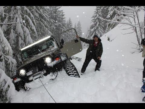 Deep Snow Wheeling Jeep Wrangler Oregon Cascades Extreme 4x4