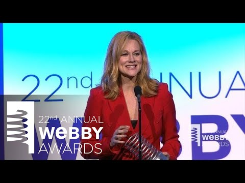 Laura Linney's 5-Word Speech at the 22nd Annual Webby Awards