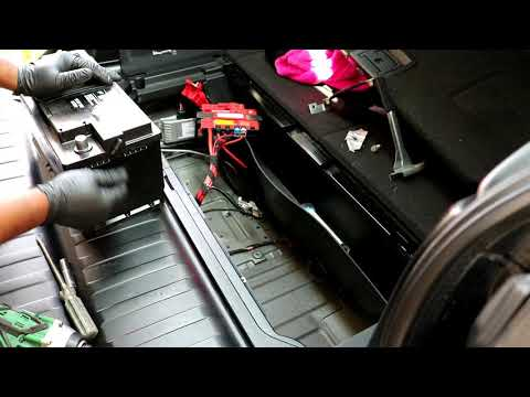 2007-2013 BMW X5 E70 Battery replacement