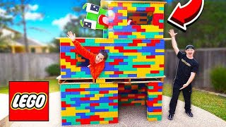 BUILDING A 3 STORY LEGO MANSION! (WORLD