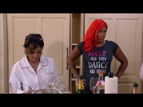 Tamar Braxton And Toni Braxton Argue During Dramatic Family Dinner