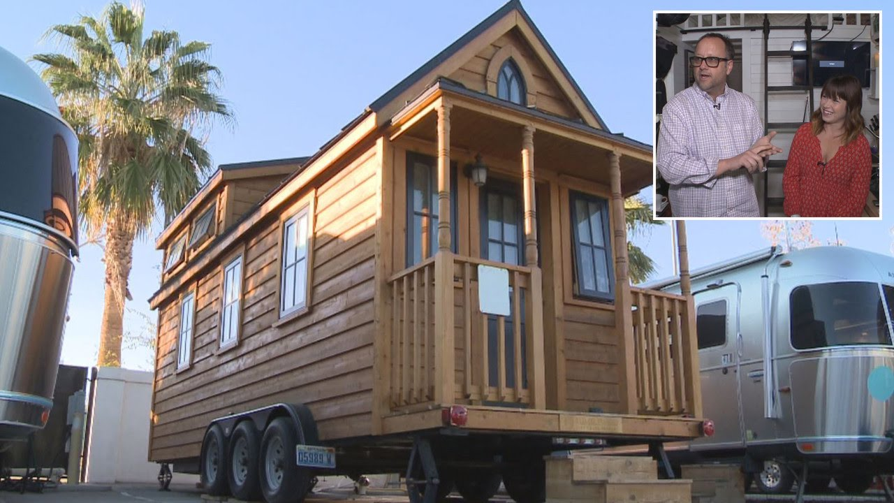 Tour This Couple's Tiny Home and See Why This Craze is Catching On