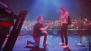 CRAZY PROPOSAL INFRONT OF 1000 PEOPLE