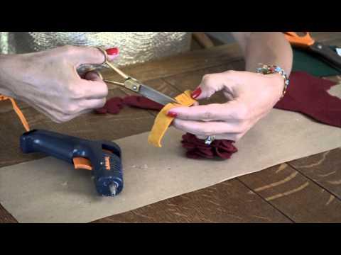 How to Make a Vintage Felt Flower Corsage Brooch : Felt Crafts & More
