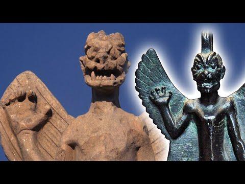 Excavating the Exorcist (film analysis)
