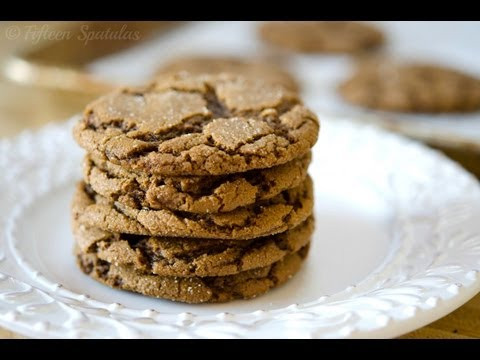 Crinkled Ginger Molasses Cookie Recipe