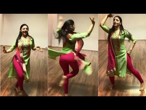 Ambarsariya & Suit Suit   Sirin Erkilic Dance