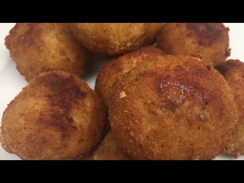 Fried mashed potato balls with stuffed cheese Recipe
