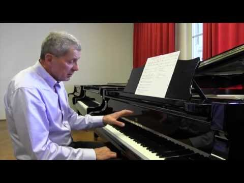 Piano Masterclass | Playing Scales: Chopin's five finger exercise