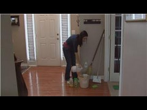Housecleaning Tips : Cleaning Pergo Floors