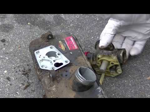 How to Replace Diaphragm and Gasket on Briggs and Stratton Primer Carburetor