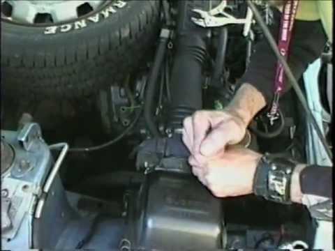 Subaru GL changing the MAF @ 5:22