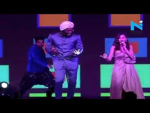 Watch Gayle & Dhawan Dancing On Jumma-Chumma