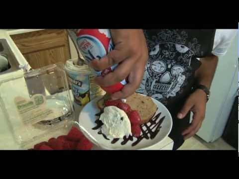 Banana Bread & Raspberry Ice Cream Sunday