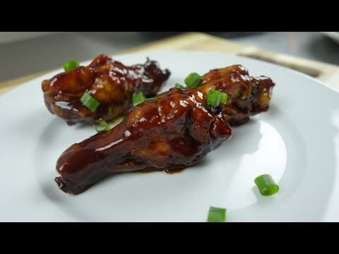 Crock Pot Slow Cooker Hoisin Sriracha Chicken Wings Recipe | August Cooking | Appetizer | Party Food