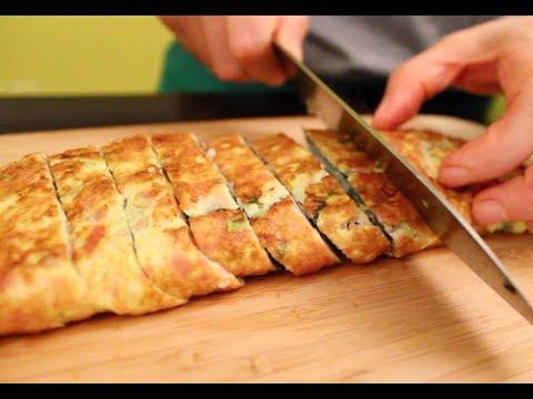 How to Make Korean Omelet Roll (계란말이)