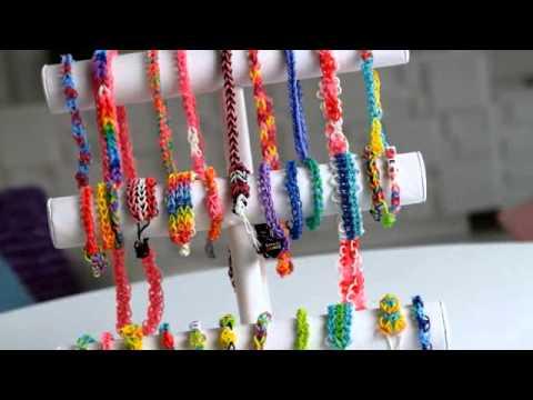 Smyths Toys - Crazy Loom Bands Bracelet Maker
