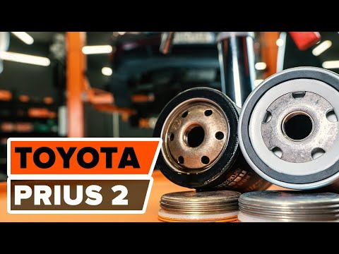 How to replace engine oil and oil filter TOYOTA PRIUS 2 TUTORIAL | AUTODOC