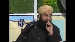 Qabr ko Chumna aur Sajda karna kaisa hai??? Mufti Akmal Sahab