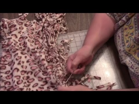 How to Make a Curly Fringed Fleece Scarf - Easy No Sew Project Tutorial