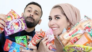 SINGAPORE SNACKS TASTE TEST!