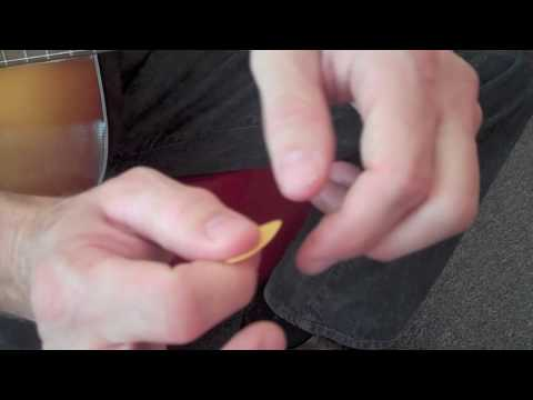 Guitar for Beginners - How to Hold a Guitar Pick