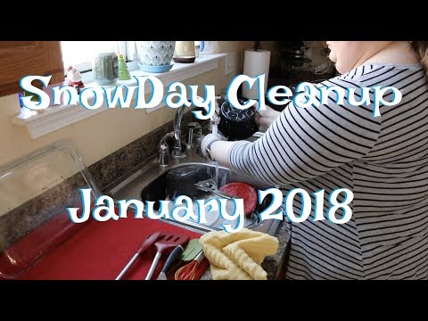 Snow Day Clean Up || Cleaning up my kitchen, living room, and office