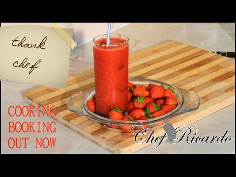 Icy Strawberry Smoothie | Recipes By Chef Ricardo