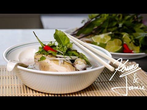 Pho Ga [Vietnamese Chicken Noodle Soup]