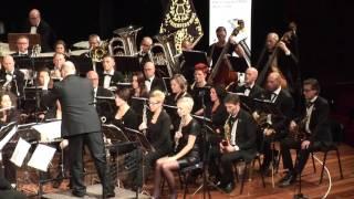 Tijdens het LBM Concertconcours 2015 speelde harmonie De Vriendenkrans Heel in de eerste divisie het verplichte werk Divertimento. Dirigent: Martien Maas Componist: Olivier Waespi