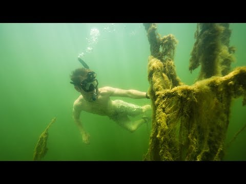 Free Diving While Fishing Clear Water Lake | GIANT BASS FOUND!