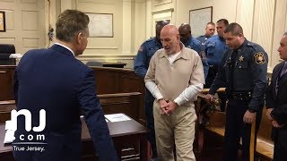 Man convicted of 2 murders in 1982 seeks DNA test
