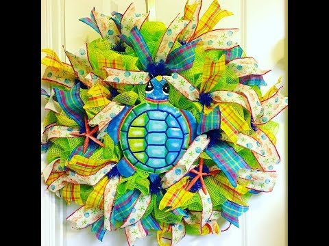 How to make a Poof Ruffle turtle wreath